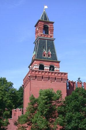 Башни арки фонтаны