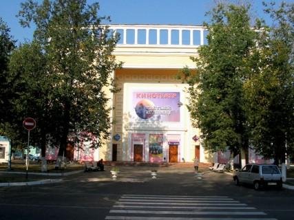 torgoviy-tsentr-kurs-v-stupino-kinoteatr