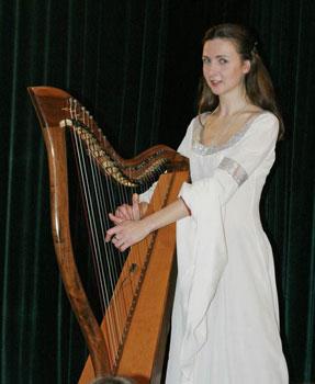 Играть на необычных музыкальных инструментах в Москве