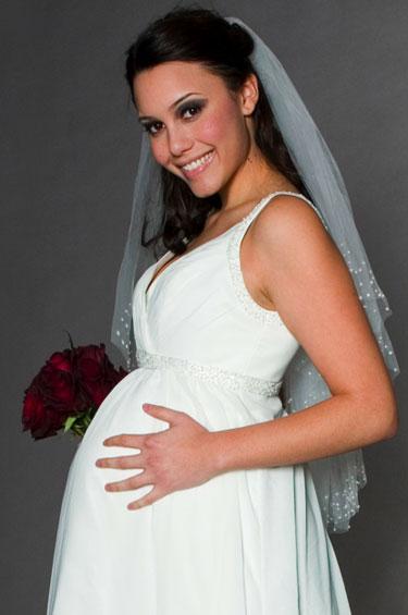 Где купить свадебные платья для беременных в Москве?