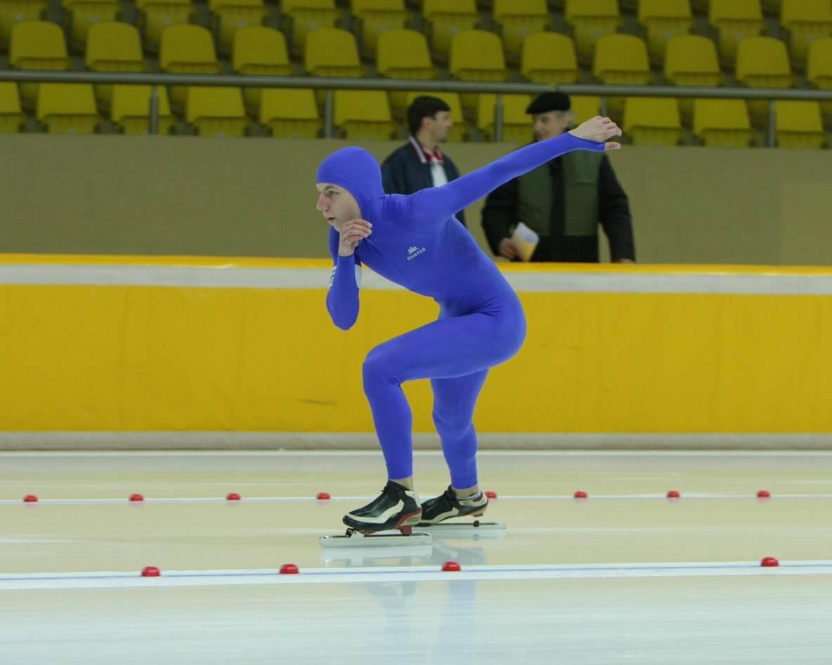 Где расположены департаменты спорта в Москве?