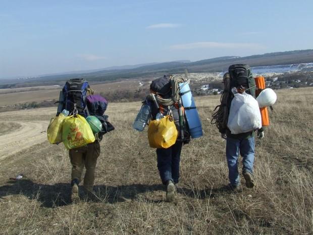 Где купить туристический рюкзак и спальный мешок в Москве?